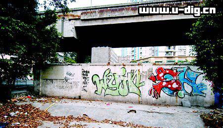 老虎涂鸦墙素材